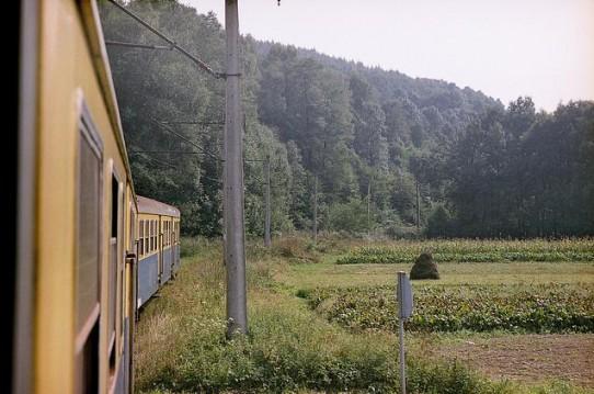 Zdjęcie wykonane z EN57-1576 - jeden z ostatnich pociągów na linii w relacji z Trzebini do Wadowic.